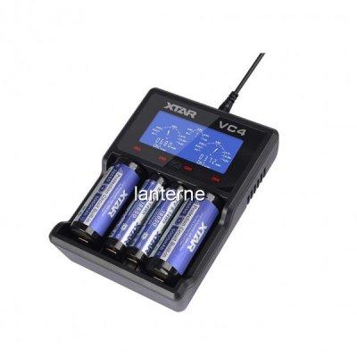 Incarcator XTAR VC4 LCD la USB pentru 4 Acumulatori Li-Ion sau Ni-Mh